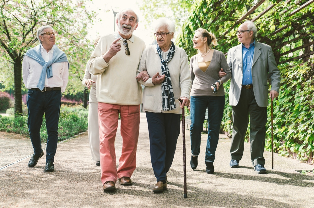3 Ways To Convince Your Elderly Loved Ones To Participate In Outdoor Activities