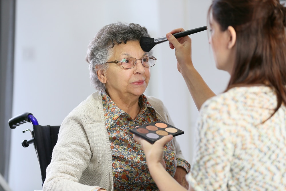3 Tips For Assisting Elderly People With Mobility Issues