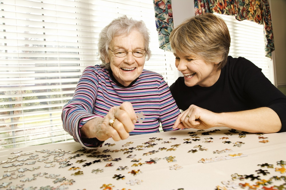How To Keep Your Elderly Loved Ones Entertained While Self-Isolating