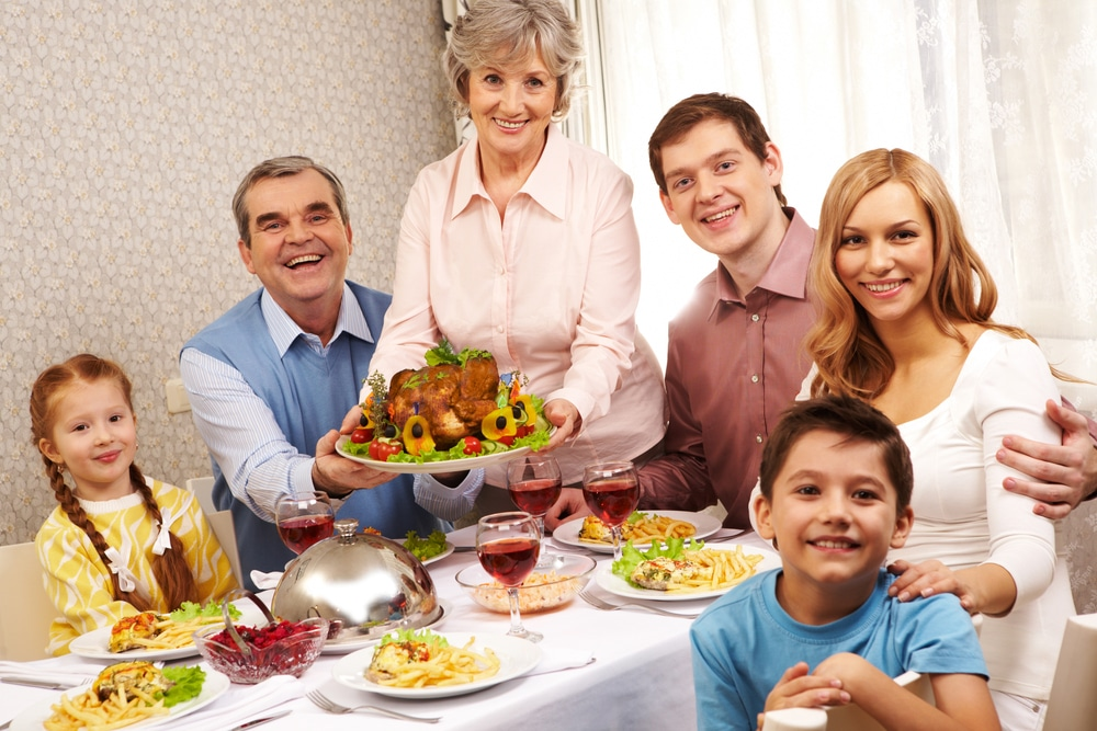 Getting Your Elderly Loved Ones In On The Action This Thanksgiving