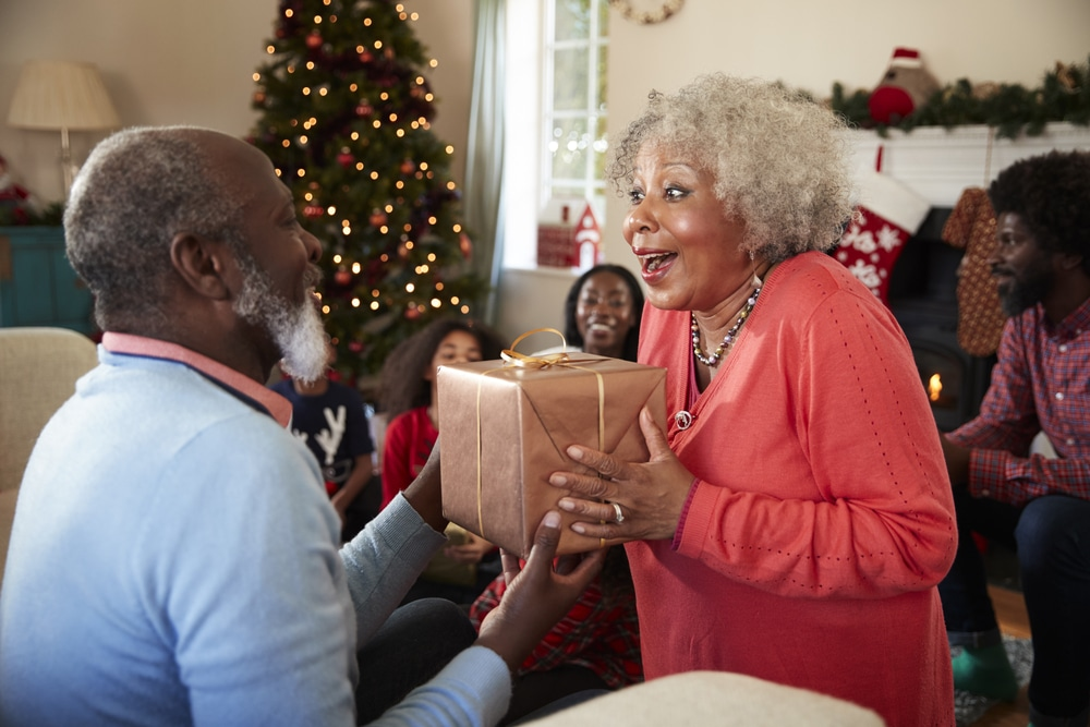 Finding Holiday Gifts That Seniors Will Love