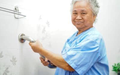3 Tips For Helping Seniors During Bath Time